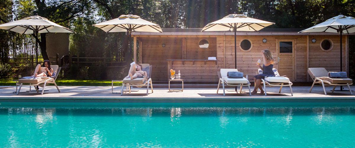 Domaine questre curie de propri taires et ch teau for Hotel piscine montpellier